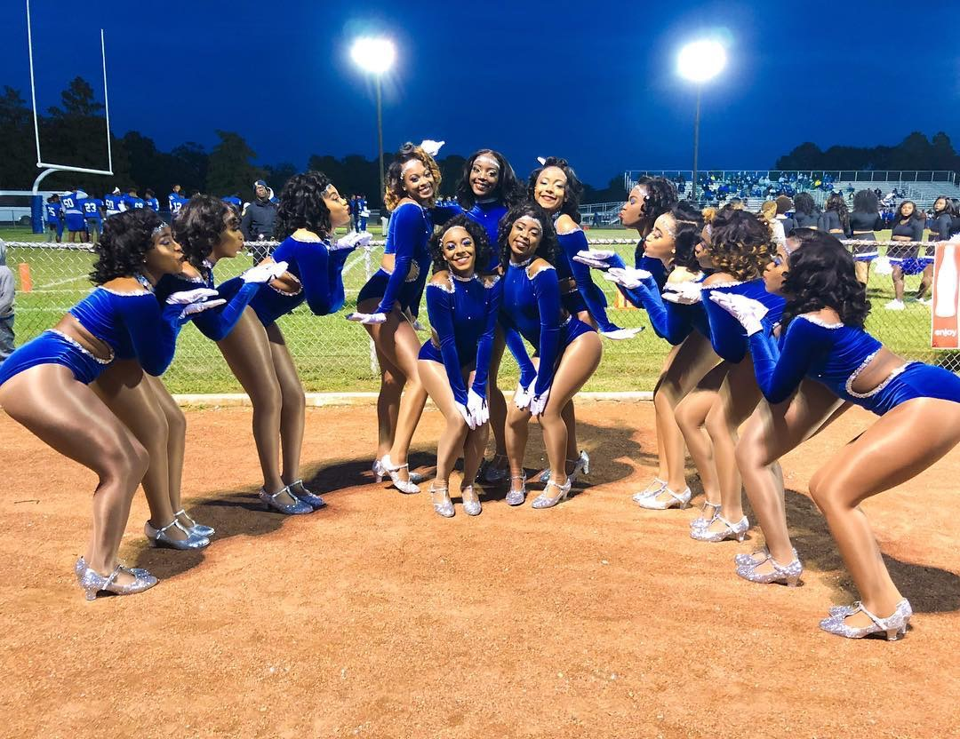 Watch Mckinley High School Pantherettes Perform an Amazing Stand Routine In The Rain!